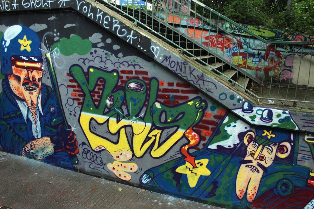 xxcrew_pottwall_happypill_komplett_graffiti_b